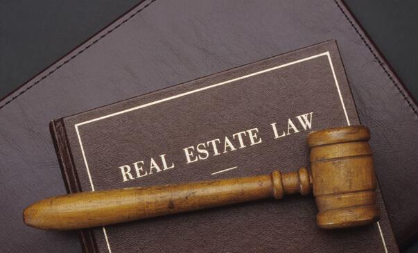 real estate attorney Woodbridge Vaughan ON